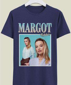Margot Robbie Classic Unisex T-Shirt