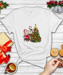 Sn.oo.py music Gifts Unisex T-Shirt